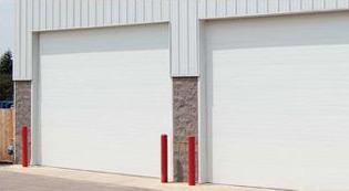micro-grooved-commercial-door-image