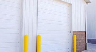 ribbed-steel-garage-door-image