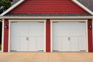 5300-overlay-carriage-house-garage-door