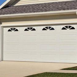 chi-long-raised-panel-garage-door-0003
