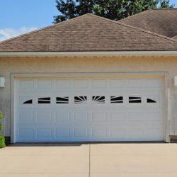 chi-short-raised-panel-garage-door-0002