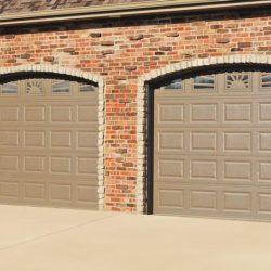 chi-short-raised-panel-garage-door-0005