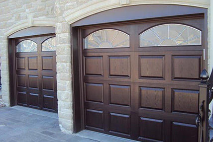 2752-garage-door-with-glass